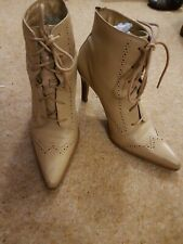 Bakers 7.5 Beige Ankle Boots Lace Ups