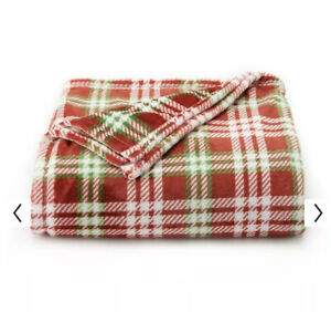 The Big One Oversized Christmas Red Green Plaid Soft Plush Throw Blanket 5' X 6'