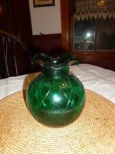 LOVELY EMERALD GREEN PRESSED GLASS VASE, DIAMOND DESIGN, POLISHED PONTIL BUBBLES