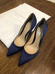 BNWOT Gianvito Rossi Blue Silk & Leather Heels Size 38.5