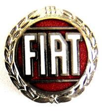 COCHE pin / PINES - FIAT logo roja, con corona de plata (1304)