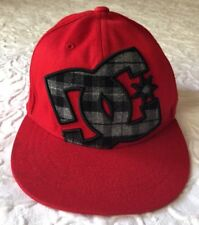 Baseball Cap - DC Shoes Hat - 210 fitted RED - Boys (Youth/Kids) 6 1/2 - 6 7/8