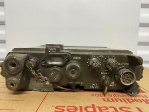Vintage US Army Patrol Field Radio  RT-176A  PRC-10  / Vietnam