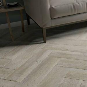 £12.89/m2 Light Grey Wood Effect Full Porcelain Tiles 60x15 wood texture  Sample