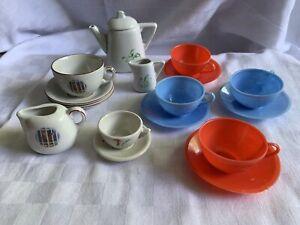Puppenstube Geschirr: Porzellan, Keramik, Kunststoff Puppenhaus 17 Teile