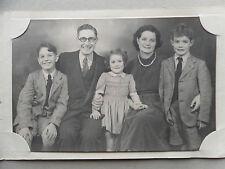 Vintage 50s/ 1950 B/W Photograph. Middle Class British Family. 3 Children. Xmas