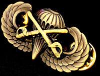 Airborne Cavalry Jump Wing Badge US Army Parachutist Insignia Antique Swords Pin