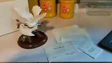 Lenox Love's Promise Doves Porcelain Figurine On Rose Branch 1998 with Wood Base