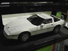 CHEVROLET CORVETTE 1986 blanc wh 1/18 AUTOart 71243 voiture miniature collection