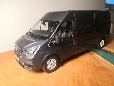 Ford Transit Pro 1:18 mit Licht kein Autoart