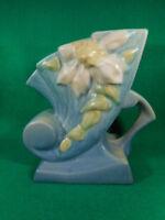 """Vintage Roseville Blue Clematis Single Handle Cornucopia 193-6"""""""