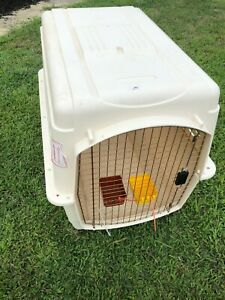 Petmate Vari Kennel Ultra Large 36x25x27 Airline Approved*