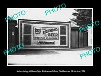 OLD POSTCARD SIZE PHOTO OF RICHMOND BEER ADVERTISING BILLBOARD c1930 MELBOURNE