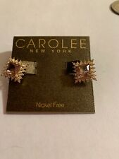 NWT   Sample Carolee gold tone pave square   earring  M607