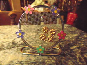 Earring Stand with Two Pairs of Identical Pierced Earrings Floral Surround Prett