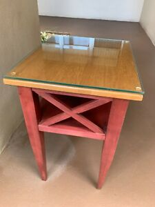 **NICE**Ethan Allen Country Colors Accent Table with Glass Top!!