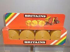 """VINTAGE BRITAINS MODEL No.1743    """" ROUND HAY  BALES""""    MIB"""
