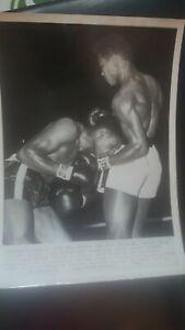 Vintage 8x10 Boxing Photo: Cassius Clay Muhammad Ali vs Alonzo Johnson. 1961. AP