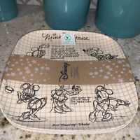 Disney Minnie Mouse Sketchbook 4 DINNER PLATES BAMBOO Square Eco-Friendly NEW