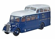 Voitures, camions et fourgons miniatures rouge 1:72