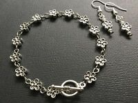 Bijoux Jewellery Daisy Flower Bracelet And Earrings Gift Set