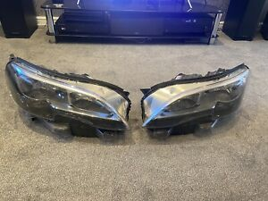 Peugeot Expert Headlights