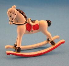 Mini Schaukelpferd Metall Puppenhausmöbel Dekoration Spielzeug Miniatur 1:12