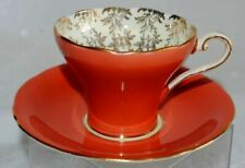 Xícara de chá com pires