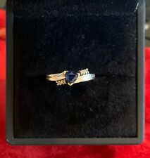 9ct White gold ring with Blue and White Sapphire