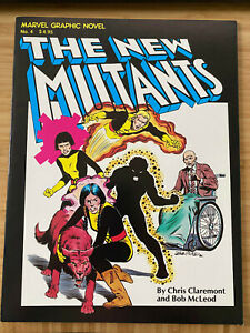 MARVEL GRAPHIC NOVEL  4  THE NEW MUTANTS  1982  FIRST PRINT  DEALER COPY