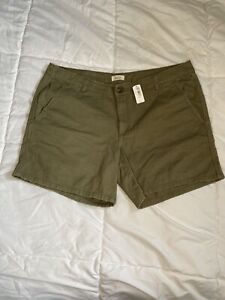 Aerie Hunter Green Twill Shorts Size 12 NWT
