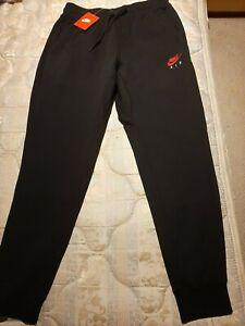 NIKE AIR Mens Black Sport Trousers, size L