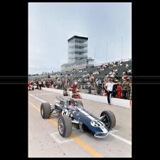 Photo A.013717 DAN GURNEY PILOTE RACING INDY 500 1966
