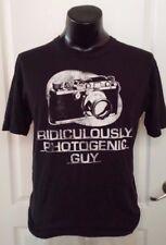 Novelty Camera Ridiculously Photogenic Guy Black T Shirt Large Vintage Print