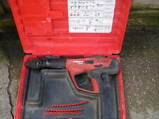 HILTI DX 460 F8 NAIL GUN AND BOX DX460  DX460F8 STEEL FIXING VAT INCLUDED.