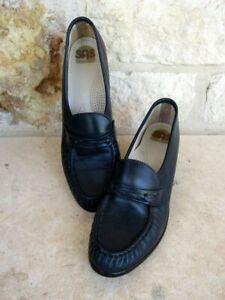 SAS Women's Navy Slip-On Penny Loafers Block Heel Comfort Walking Shoes 6 1/2 S