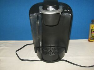 Keurig Coffee Maker Model K40 Single Cup Brewing System