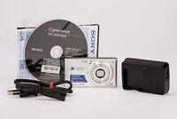 Sony DSC-W530/SQ Digitalkamera Kamera Zeiss Tessar Optik 14.1MP silber DSC-W530