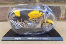 HACHETTE 1:18 Maisto Mega Bikes Collection - Ducati Monster 900