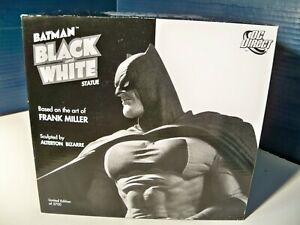 Batman Black and White Statue Frank Miller Batman 3430 of 5700 1st edition