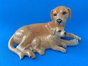 Royal Doulton DA 168 Labrador & Pup