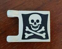 LEGO set 6289 6285 6258 Drapeau Ref 2335p30 flag Pirates flag with Jolly Roger