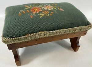 """Antique Handmade 14"""" Needlepoint Daisy Floral Green Victorian Sewing Footstool"""