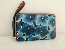 Marc byMarc Jacobs Navy Leather w/Flowers  iPhone 5s Zip Wallet Clutch Wristlet