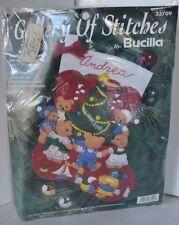 Vtg Stocking Teddies Around The Tree 33709 Bucilla Felt Applique Christmas kit