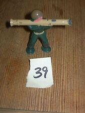 ca 1960'S BARCLAY DIMESTORE LEAD TOY SOLDIER WITH BAZOOKA #39