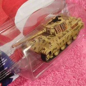 RUGGED & ATTRACTIVE WWII GERMAN PANTHER- G TANK, REMARKABLE DETAILS & LIFE-LIKE!
