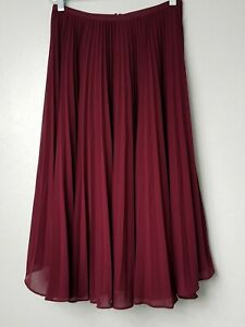 RACHEL PARCELL BURGUNDY PLEATED SKIRT SIZE XS