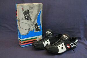Vintage SIDI Cycling Shoes .
