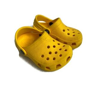 Crocs Toddler Shoes Yellow Water Summer Shoes Size C2-3 Sandals Classic Crocs